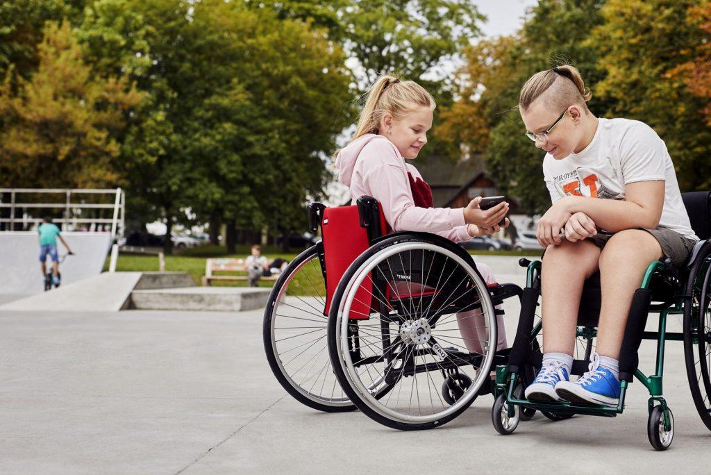 scaun cu rotile copii